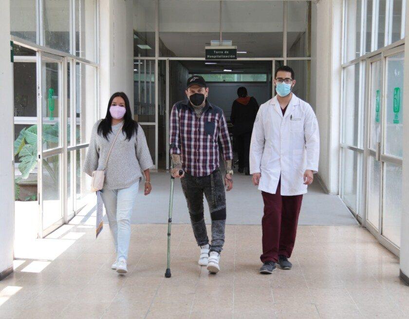 Médicos del IMSS salvan pierna de motociclista tras accidente en  Autopista México-Cuernavaca