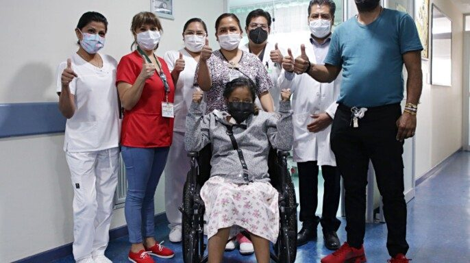 Especialistas del IMSS de La Raza trasplantaron hígado a mujer de 28 años de donador fallecido con previa enfermedad renal