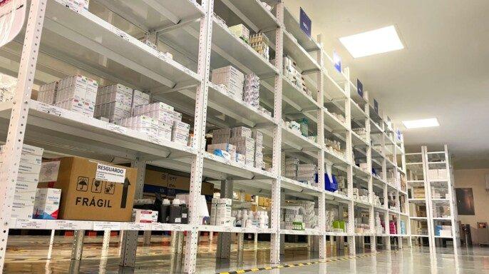 Almacén de medicamentos y material de curación